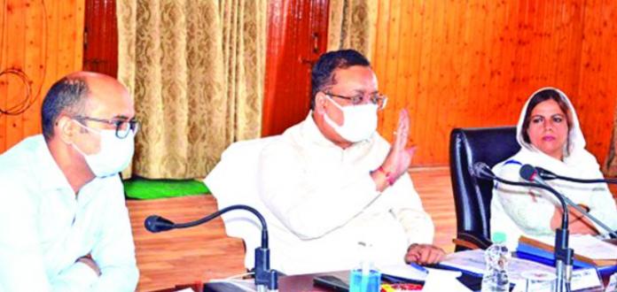 Navin takes stock of development scenario
